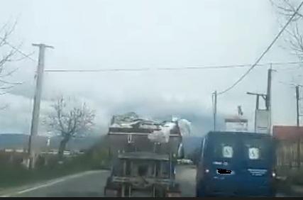 foto camion rifiuti