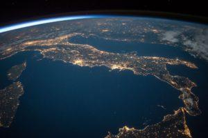 Italia vista dallo spazio
