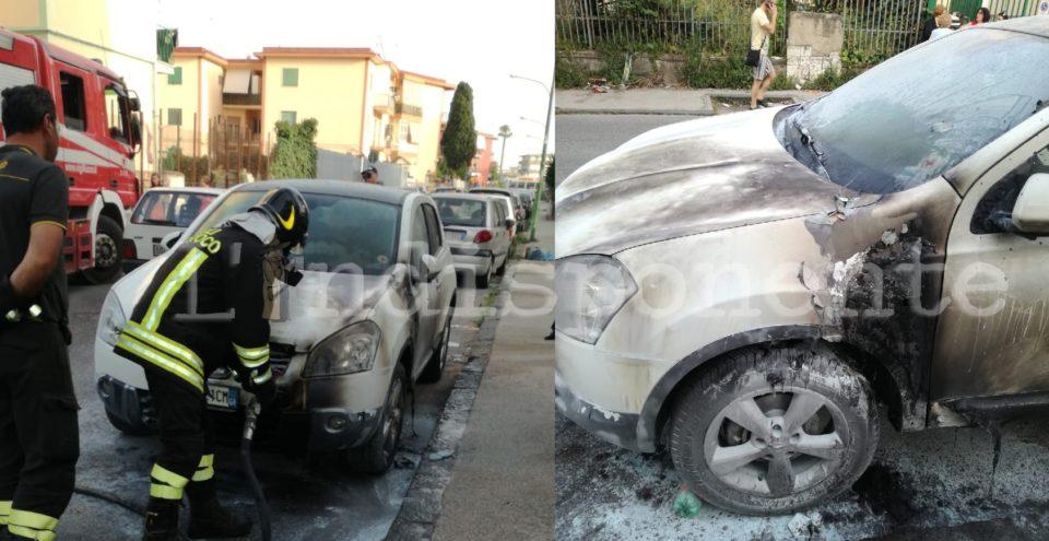 auto incendiata afragola (1)