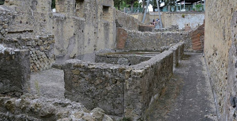 il venerdì al parco archeologico di ercolano: visite guidate e performance