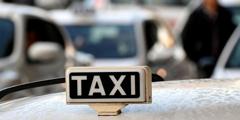 taxi aggressione massa lubrense