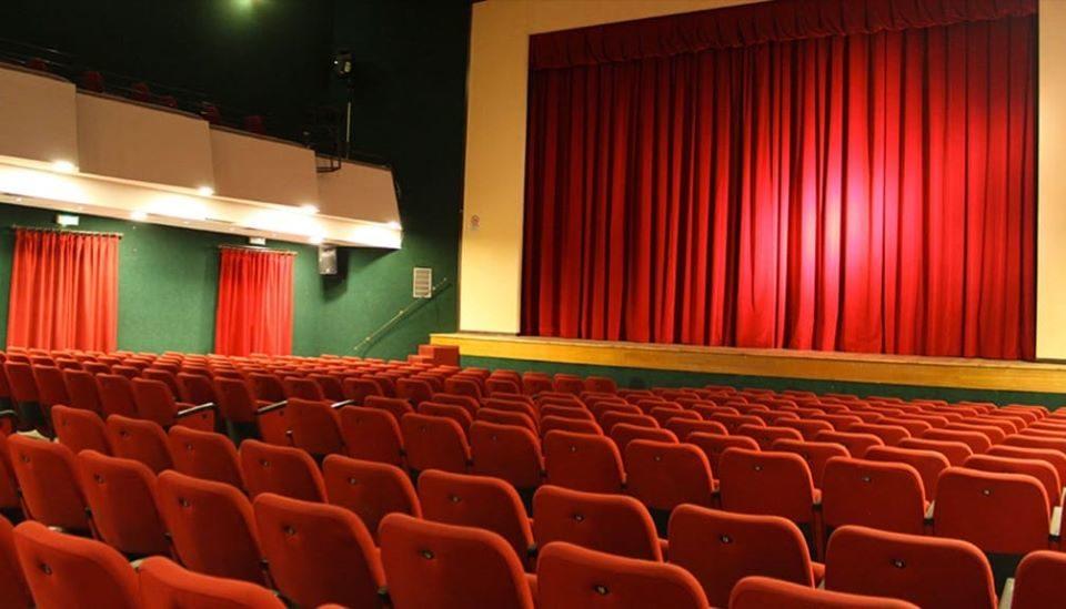 sala cinema teatro italia